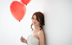 Bride with heart wedding balloons
